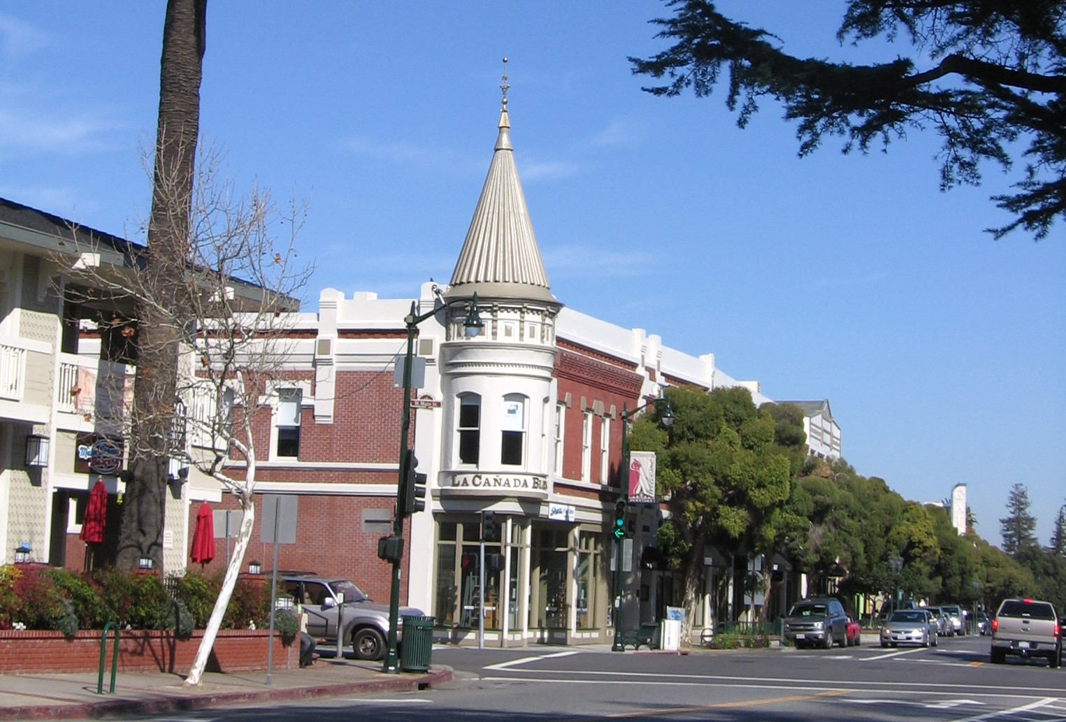 downtown los gatos restaurants. the charming downtown architecture and great schools are major drivers for los gatos monte sereno restaurants